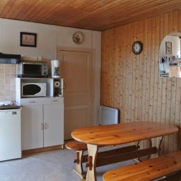 Le coin cuisine du Moulin de Trotte Renard - Bunzac - Location de vacances - Bunzac