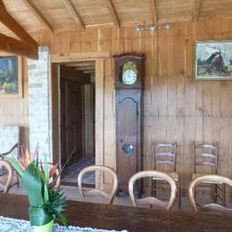 La salle à manger - L'arche de la Broue - Lonnes - Location de vacances - Lonnes