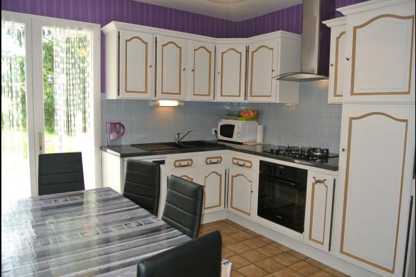 La cuisine - Alloue - Location de vacances - Alloue