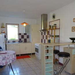 La cuisine - Sers - Location de vacances - Sers