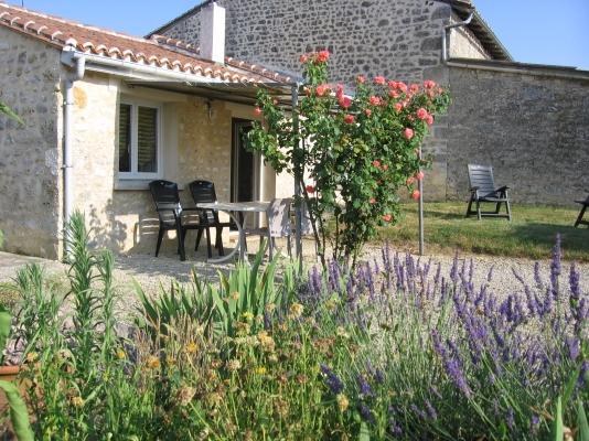 La maison - Pranzac - Location de vacances - Pranzac