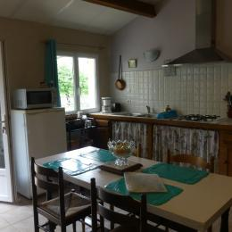 La cuisine - Pranzac - Location de vacances - Pranzac