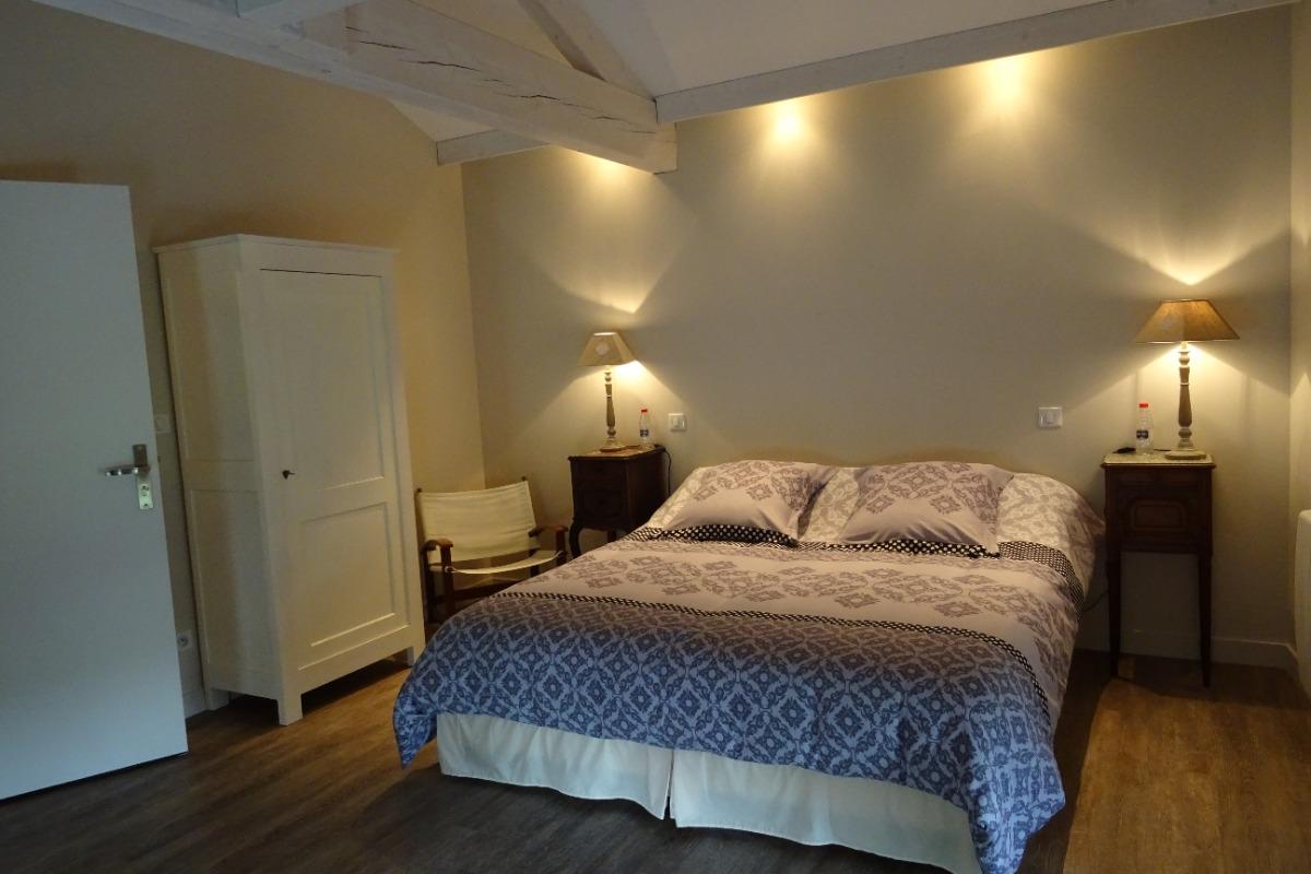 Chambre le Vallon - Maison Ravaud - Aussac-Vadalle - Chambre d'hôtes - Aussac-Vadalle