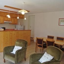 La pièce à vivre - Gite la Boisse - Rancogne - Location de vacances - Rancogne