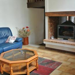 Le salon - Roullet St-Estèphe - Location de vacances - Roullet-Saint-Estèphe