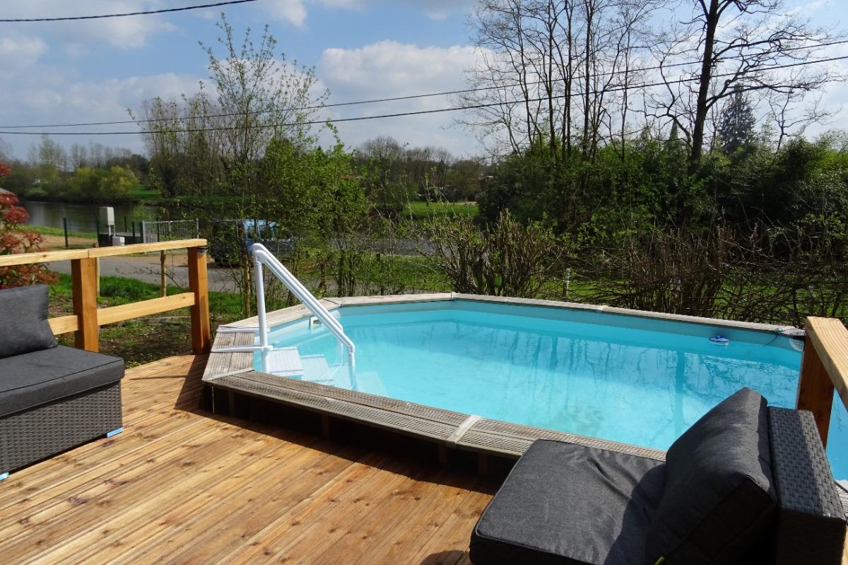 La terrasse de la piscine - La Garenne - Exideuil - Location de vacances - Exideuil