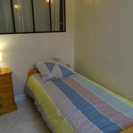 La chambre à 2 lits - La p'tite Cognaçaise - Cognac - Location de vacances - Cognac