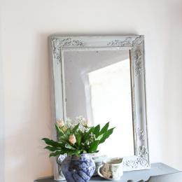 Le charme de l'ancien et joli bouquet offert par une voisine du village. - Chambre d'hôtes - Saint-Yrieix-sur-Charente