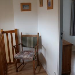 à l'étage, le palier - Location de vacances - Fouras
