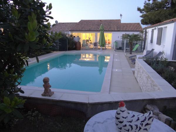 Villa  Personnes Avec Piscine Chauffe Et Spa  Ile De Re Location