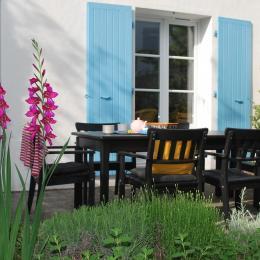Moment de repos dans votre jardin - Location de vacances - Fouras
