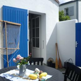 Terrasse et jardinet privatif - Location de vacances - FOURAS