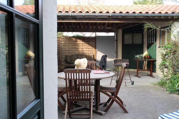 Une cour au Rdc - Location de vacances - Fouras