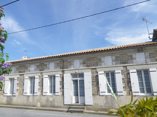 La maison, façade