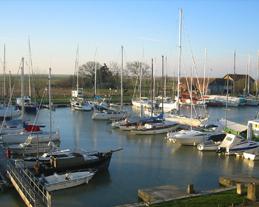 Vue sur le port de Mortagne sur Gironde - Chambre d'hôtes - Mortagne-sur-Gironde