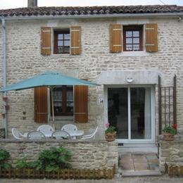 façade maison - Location de vacances - Bernay-Saint-Martin