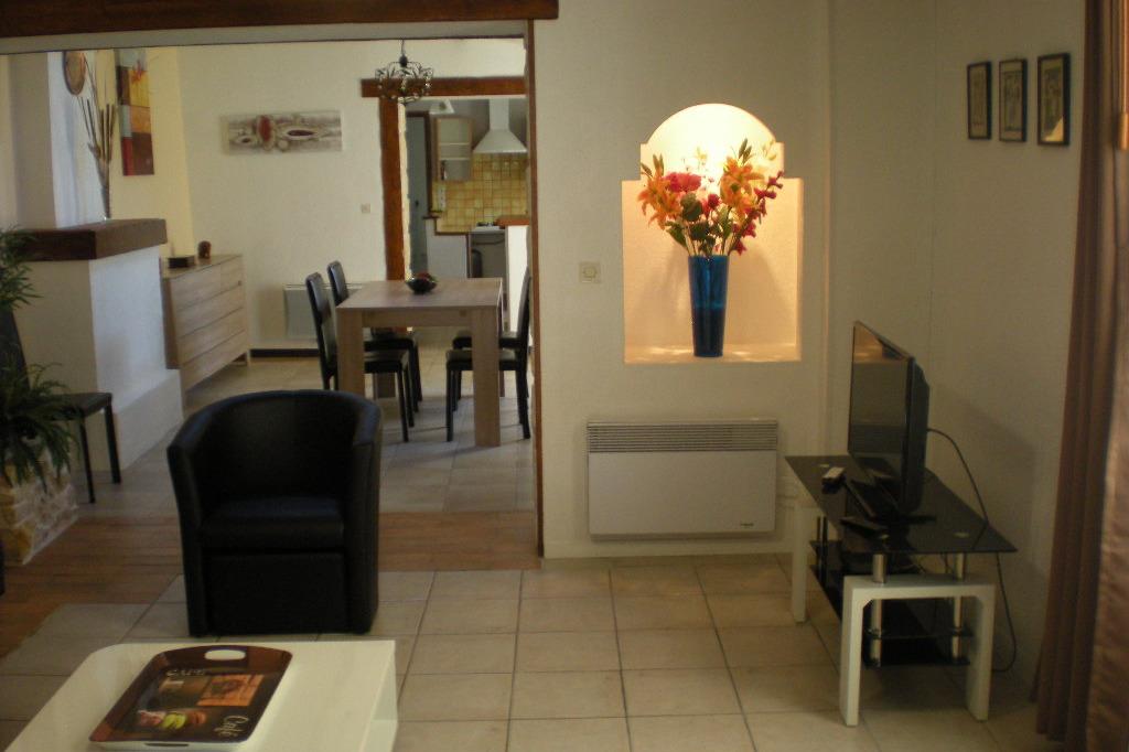 salon côté télévision - Location de vacances - Saint-Froult