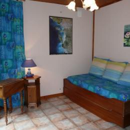 Chambre enfants version salon - Location de vacances - Surgères