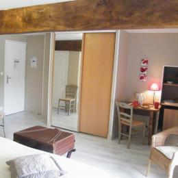 petit coin salon - Chambre d'hôtes - Montpellier-de-Médillan