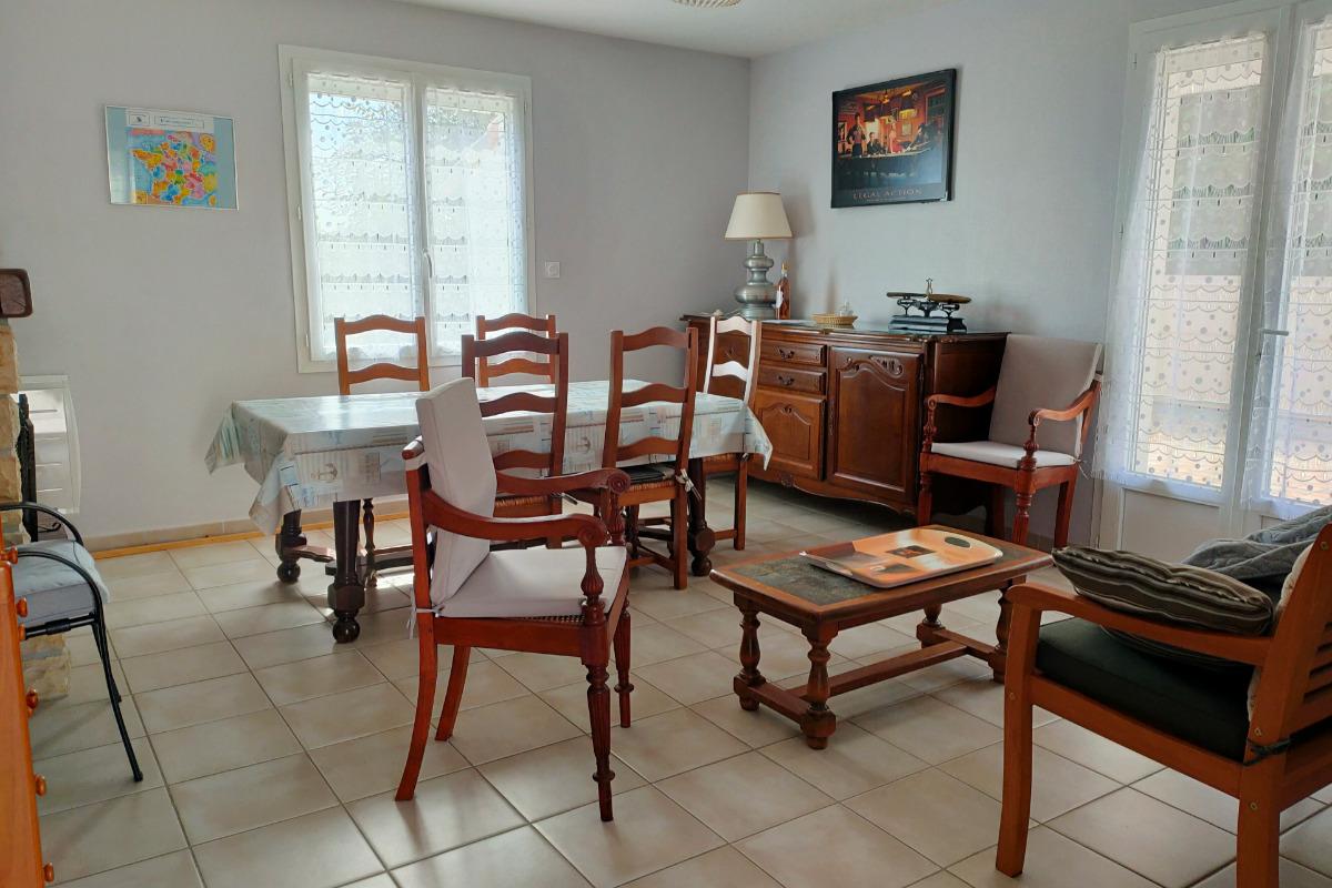 La salle à manger - Location de vacances - Saint-Georges-de-Didonne