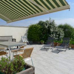 La maison côté jardin - Chambre d'hôtes - Mortagne-sur-Gironde