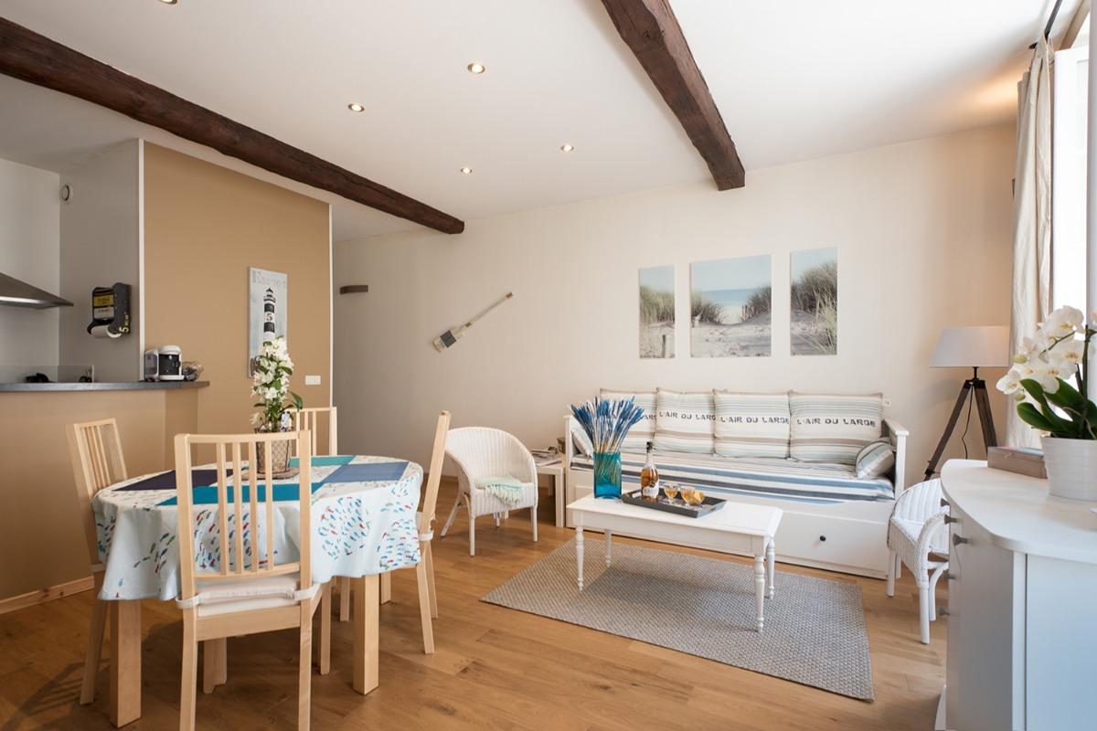 1 vaste pièce lumineuse de 35 m2 - Location de vacances - La Rochelle