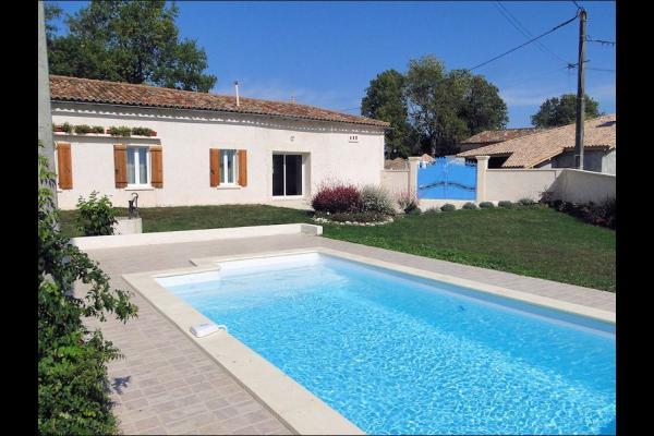 Gîte du Gueurlet - piscine et terrasse - Location de vacances - Boresse-et-Martron