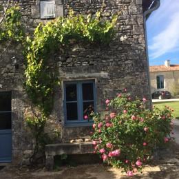 La Petite Maison de l'Astrée côté Logis - Location de vacances - Saint-Bris-des-Bois