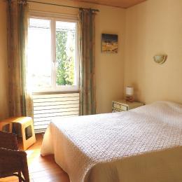 Chambre, vue estuaire, lit 160 - Location de vacances - Barzan