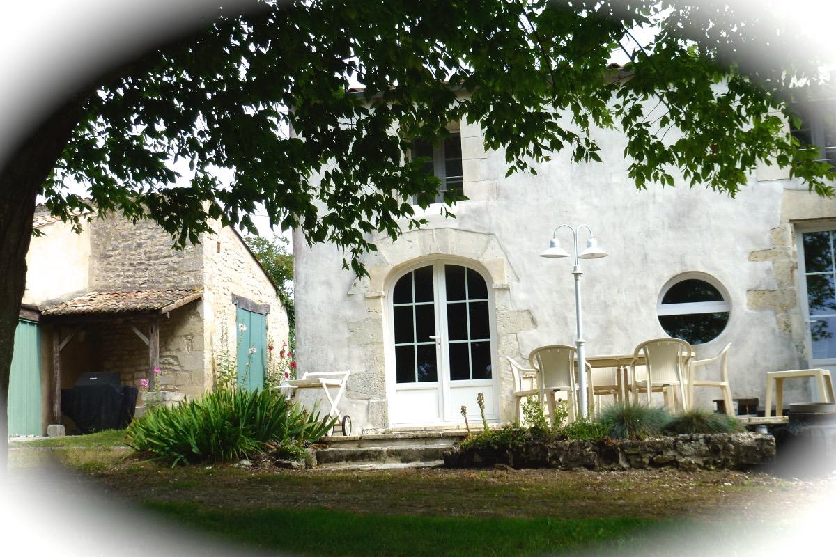 Authentique-maison de caractère - Location de vacances - Barzan