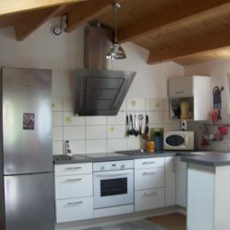vue sur l'entrée et le parking fermé à clé pour 2  véhicules - Location de vacances - Le Grand-Village-Plage