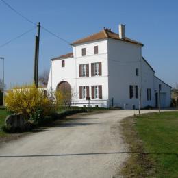 Façade Moulin - Location de vacances - Pont-l'Abbé-d'Arnoult