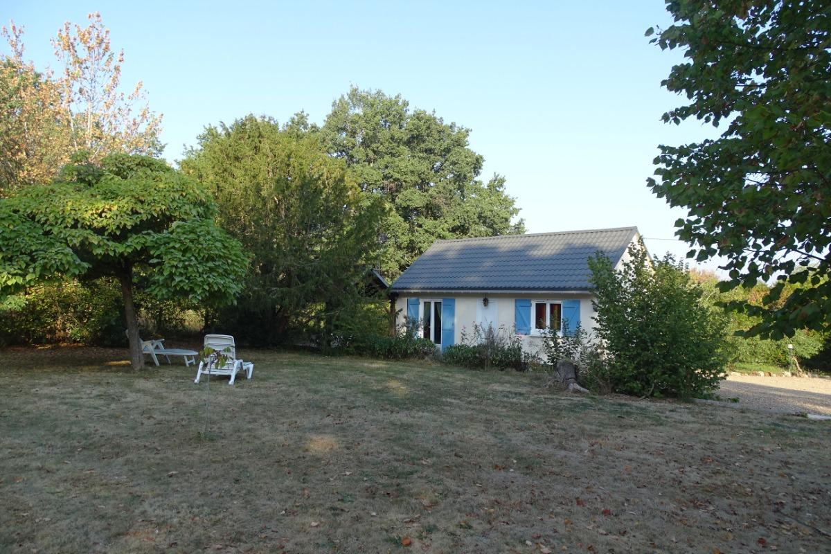 Vue de la maison côté Sud - Location de vacances - Savigny-en-Sancerre