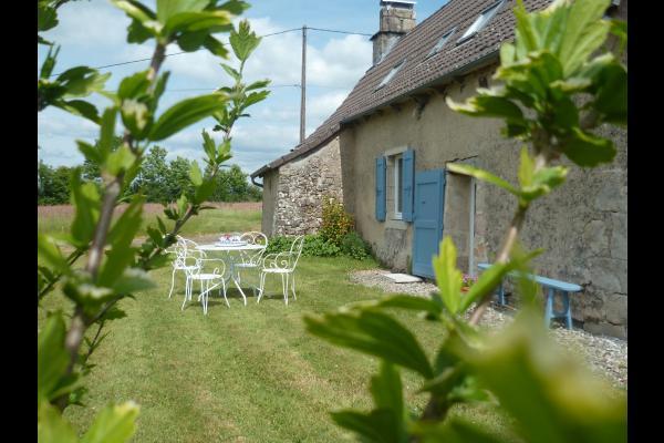 Terrasse Ouest - Location de vacances - Bassignac-le-Haut