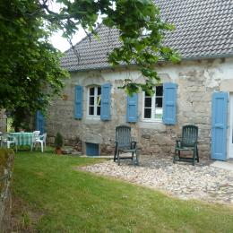 Façade est  - Location de vacances - Bassignac-le-Haut