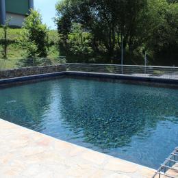La piscine - Location de vacances - Sainte-Féréole