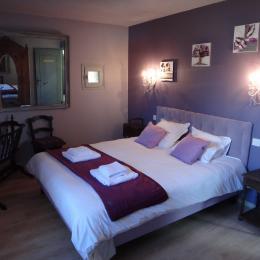 Chambre Pompadour - Location de vacances - Treignac