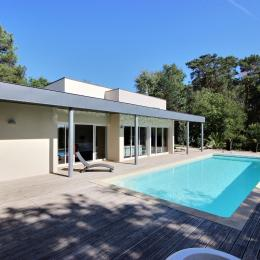 La villa coté terrasse - Location de vacances - Cosnac