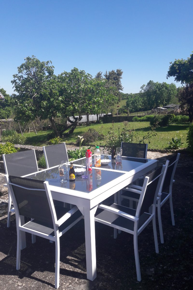 Apéro sur la terrasse - Location de vacances - Perpezac-le-Blanc