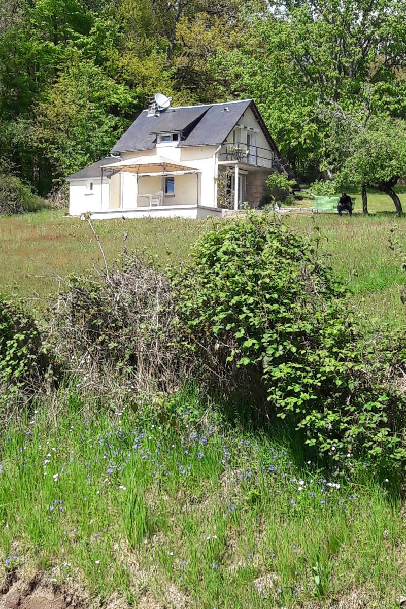 VUE DE LA ROUTE  - Location de vacances - Chaumeil