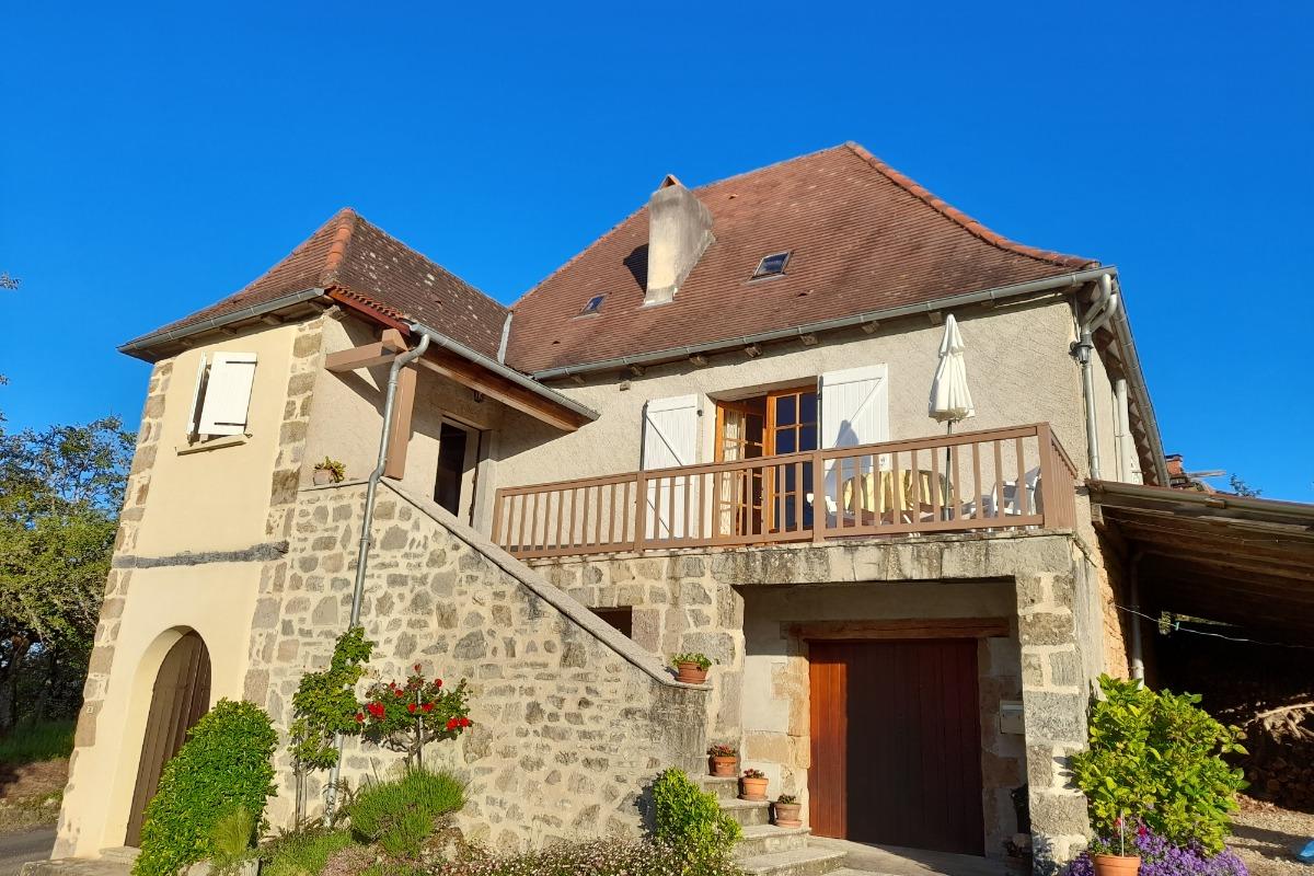 Belle maison de pays - côté jardin - Location de vacances - Astaillac