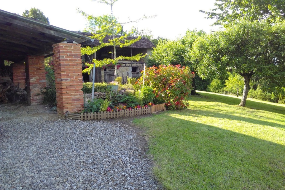 Belle maison de pays - Abri - Location de vacances - Astaillac
