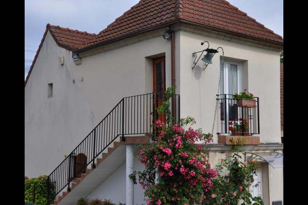 Accès indépendant au gîte - Location de vacances - Charly-sur-Marne