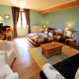 Chambre 2 à 4 personnes avec baignoire - Chambre d'hôtes - Fontaine-lès-Vervins