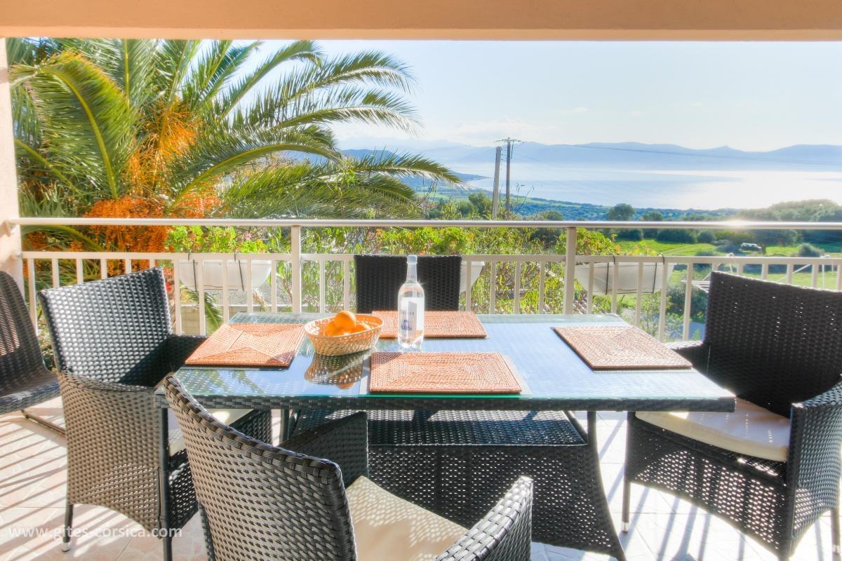 Terrasse vue sur la mer - Location de vacances - Serra-di-Ferro