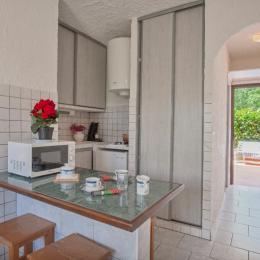 Coin cuisine - Location de vacances - Linguizzetta