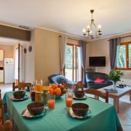 Cuisine, salle à manger - Location de vacances - Pietracorbara