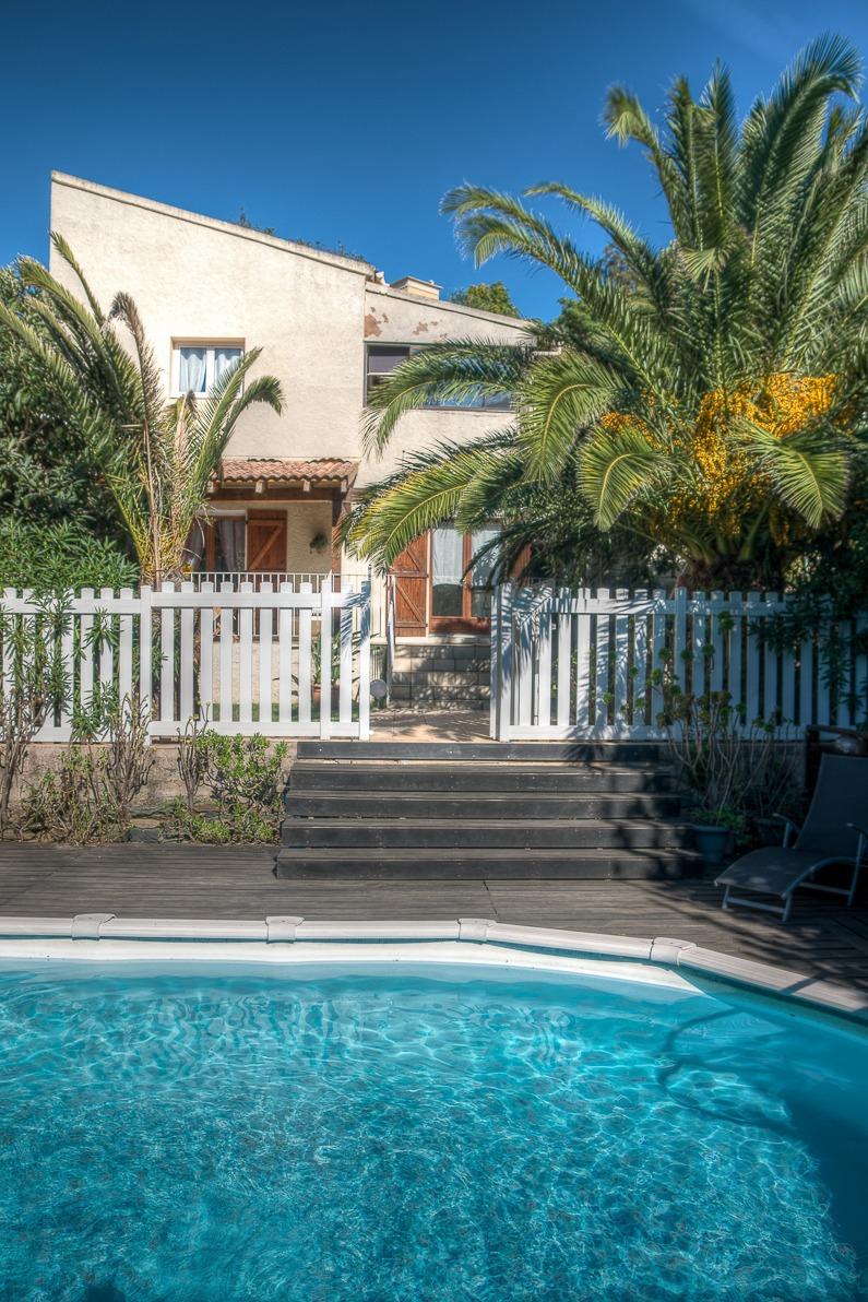 Coin piscine privée - Location de vacances - Oletta