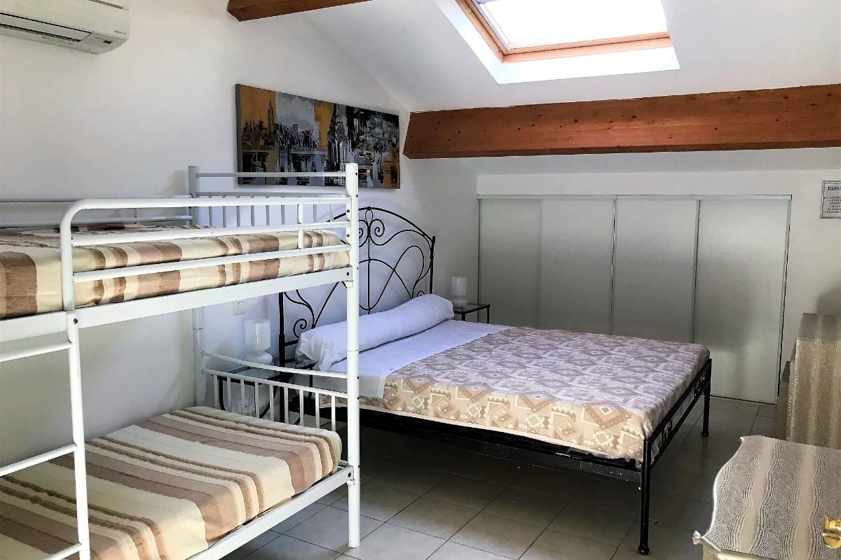 Maison f5 hauteurs de bastia location vacances bastia cl vacances - Salon de la maison bastia ...