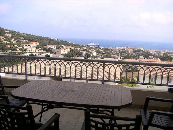 terrasse vue sur le golfe de L'ILE ROUSSE - Location de vacances - L'Île-Rousse
